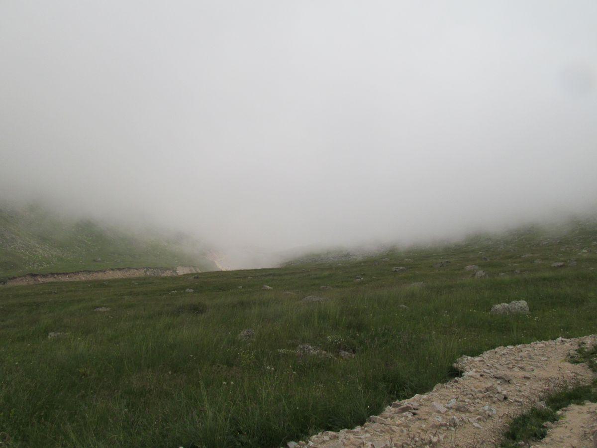 Кавказ 2017. Ущ. Каярты-су. И ничего наверху не видно.
