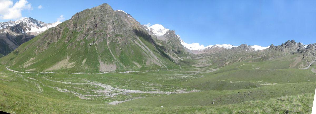 Кавказ 2019. Ущ. Ирик-чат. Висячая долина Ирикчат.