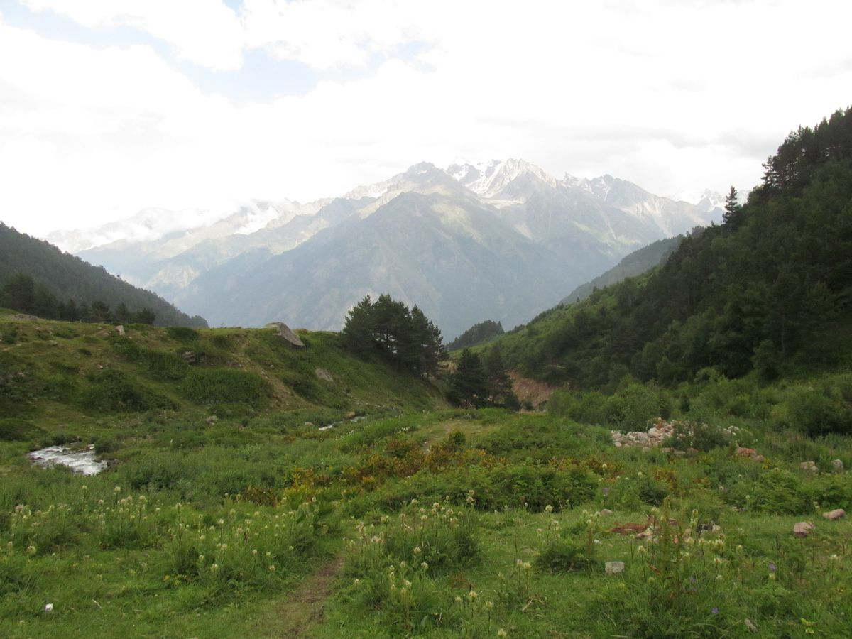 Кавказ 2019. Ущ. Сылтран-су. Вид в сторону Баксана.